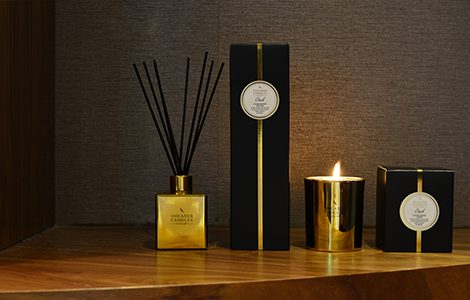 Oud candles and diffuser